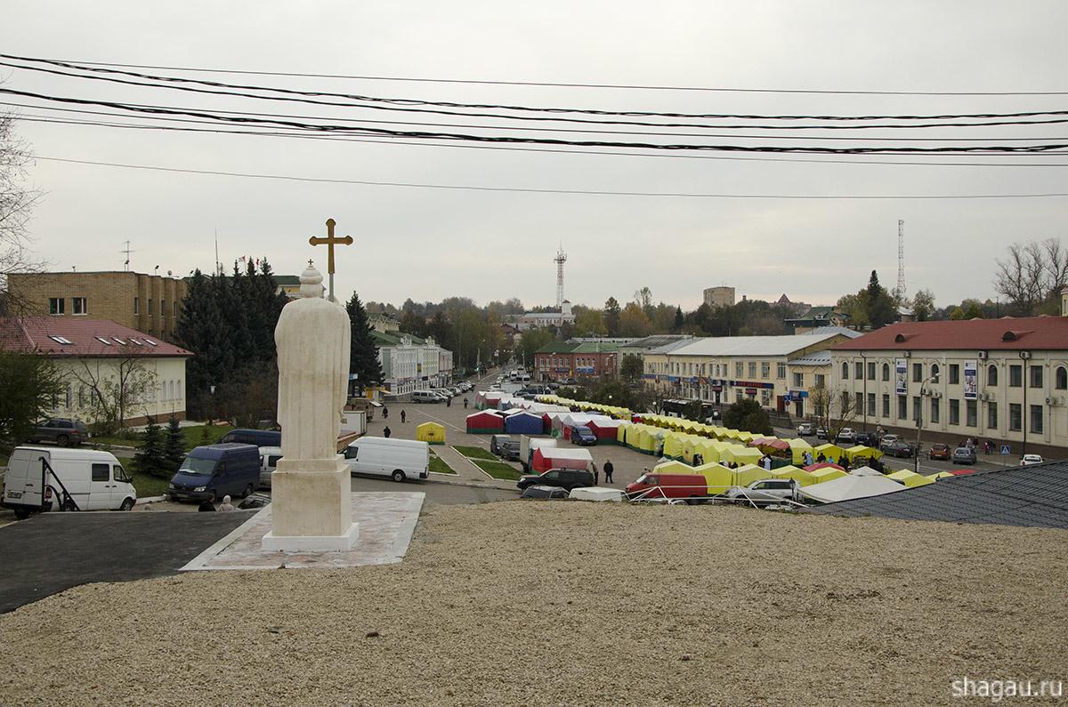 памятник князю Владимиру Красное Солнышко
