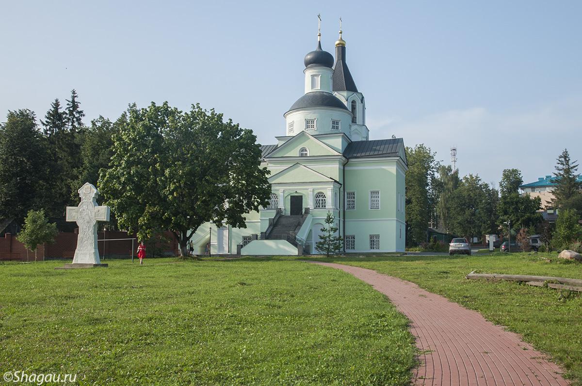 Старо-Михайловское. Духовенская церковь