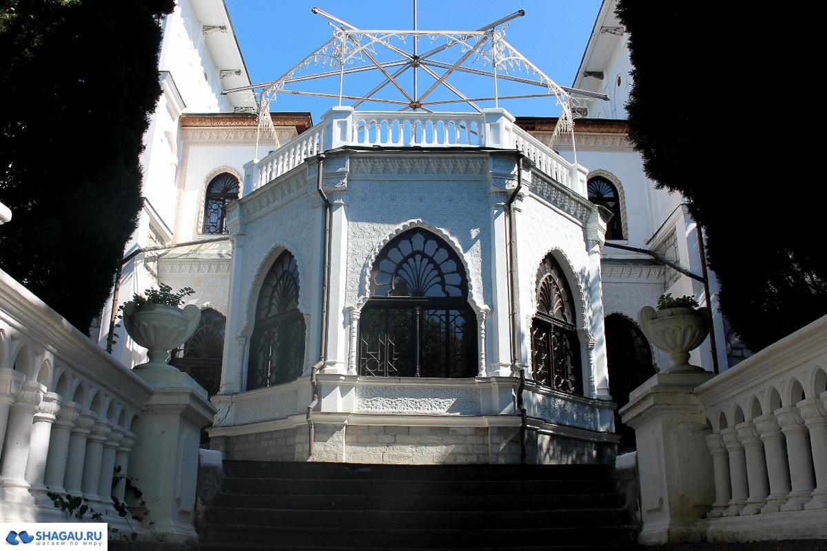 дворец графа Льва Алексеевича Перовского