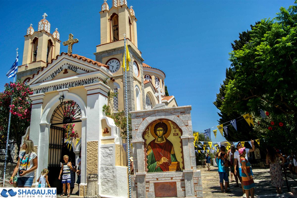Церковь Святого Пантелеймона в Сиане