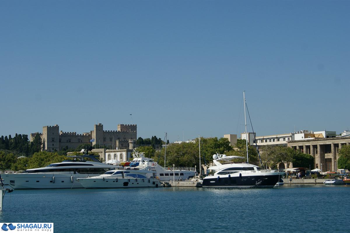 Родос. Порт Мандраки
