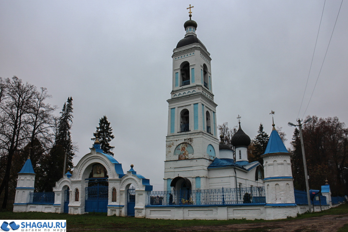 Каменный храм в честь Владимирской Божьей Матери