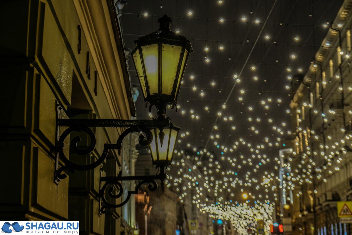 Новогодня иллюминация в Москве